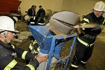 Noční cvičení dobrovolných hasičů na Jihlavsku
