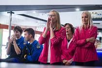 ÚSPĚŠNÉ KACHNY. Jihlavské kuželkářky jsou v polovině prvoligové soutěže páté. Na snímku jsou Martina Melchertová a Lenka Concepción, která v týmu hostuje z TJ Třebíč.