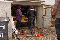 Jihlavští policisté loni v březnu prohledávali dva dny dům Ladislava Baráka v Jihlavě i chatu v Dušejově. Odvezli stovky věcí, které museli zase vrátit.