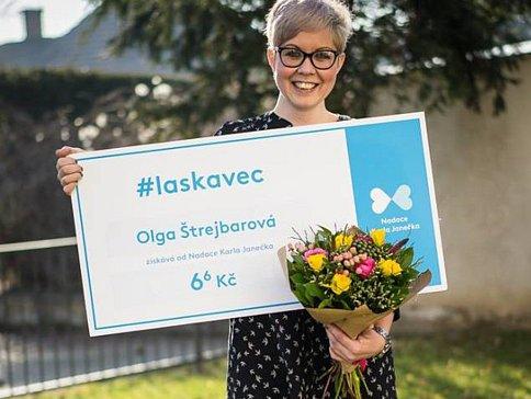 Láskověci pomáhají tam, kde je to potřeba. Olga Štrejbarová byla oceněna za svou práci pro druhé
