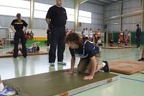 Jak těžké jsou testy pro uchazeče o práci policisty, zjistili účastníci soutěže Máš na to?