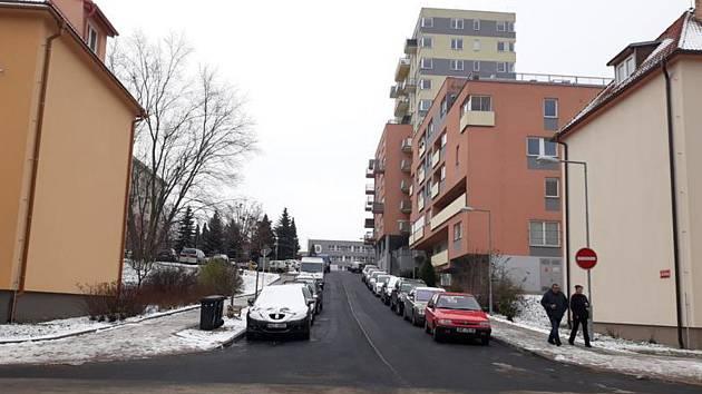 Oprava ulice se stihla dokončit o měsíc a půl dříve.