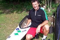 Petr Mejzlík se blýskl, mimo jiné, zlatou medailí na mistrovství světa v dlouhém kvadriatlonu v Kolíně nad Rýnem a dařilo se mu i ve Světovém poháru v kategorii nad padesát let.