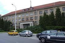 Sídlo Okresního ředitelství Policie České republiky v Jihlavě nyní prochází přestavbou. Josef Bačkovský byl pověřen přípravou vzniku krajského policejního ředitelství v Jihlavě.