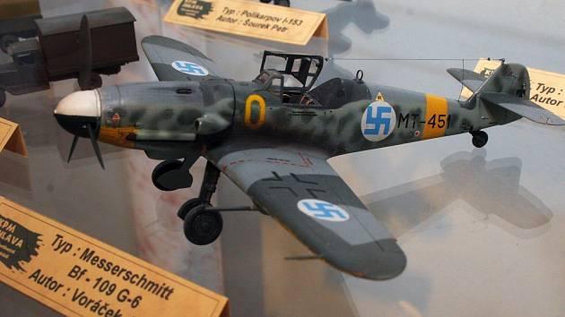 Typické letadlo druhé světové války od německé firmy Masserschmidt, jehož model můžete vidět v prostorách Muzea Vysočiny v Jihlavě.