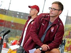 Karel Nekvasil svému týmu věří a chce, aby Dukla byla po základní části mezi týmy, které si zahrají play-off.