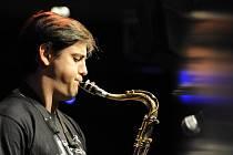 SHAULI EINAV. Saxofonista světového formátu míří do Jihlavy.