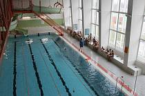 Výuka v plaveckém bazénu E. Rošického v Jihlavě