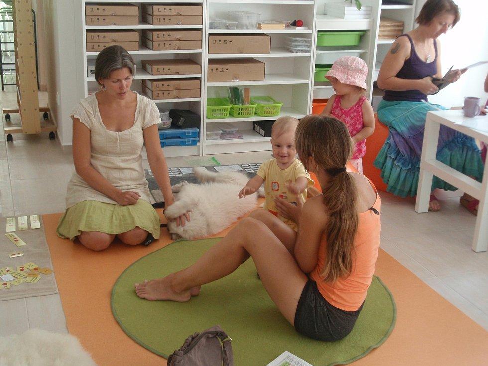 Centrum je určeno především pro děti s domácím vzděláváním, které doplňuje.
