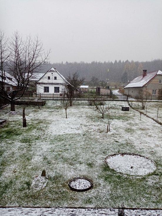 Lehký sněhový poprašek na Starém Ransku.