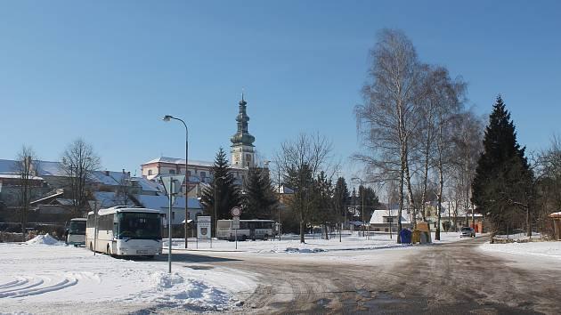 Autobusové nádraží se dočká nového osvětlení, chybět nebudou ani kamery