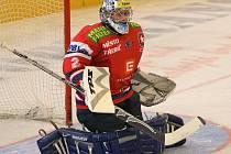 Třebíčský brankář Michal Nedvídek podal na ostravském ledě téměř bezchybný výkon. Za šedesát minut kapituloval pouze jednou.
