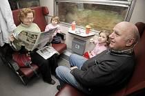 Cestující včerejší mimořádné linky si užili jízdu vlakem s odjezdem krátce po deváté hodině z městského nádraží v Jihlavě. Vlak pokračoval do Havlíčkova Brodu, Přibyslavi, Žďáru nad Sázavou, Křižanova a zpět.