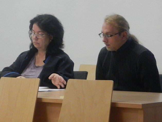 Roman Vacek se včera u soudu nevykrucoval a svou vinu přiznal.