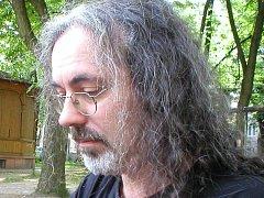 Bob Vlach prošel za svou kariéru několika kapelami. Metanoon funguje od konce 80. let.