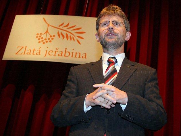 Jaká je budoucnost? Tak by mohl dumat vysočinský hejtman Miloš Vystrčil (na snímku) společně s dalšími představiteli kraje nad soutěží Zlatá jeřabina.