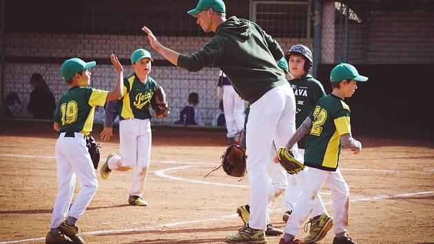 Skvělá parta a výborná zábava. Především to je pro baseballisty BK Ježci Jihlava nejdůležitější.