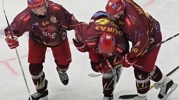 Hokejovou Duklu Jihlava trápí série zranění, která zapříčinila i pád tabulkou.