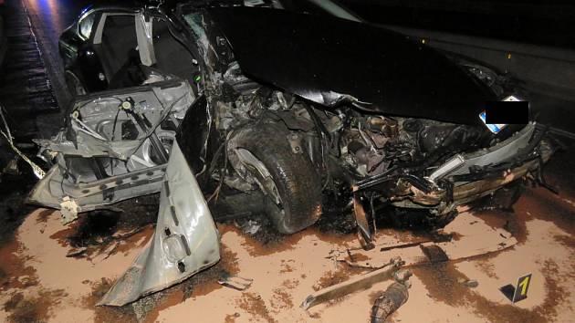 Život spolujezdce si vyžádala nehoda na dálnici D1. Došlo k ní na kilometru 149,2, kde se dálnice opravuje a provoz je tam omezený.