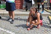Běžkyně ze štafety netrpělivě vyhlížely své kolegyně.