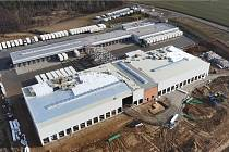 Letecký pohled na stávající a novou budovu firmy GLS.