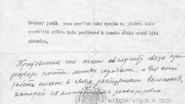 Dobu druhé světové války na Telčsku přiblíží nová výstava, kde zájemci uvidí například dobové dokumenty. Bude to i oprávnění k užívání kola.