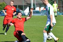 Fotbalisté Rantířova (v bílém) se doma s Měřínem o body spravedlivě rozdělili.