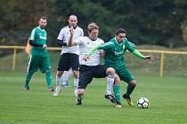 Fotbalisté Rapotic (v zeleném) si už postup zajistili. Porazili Kouty.