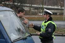 Potkat na silnici opilého řidiče tak není nic neobvyklého.