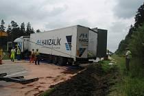 Podobná nehoda se v této části dálnice letos už stala