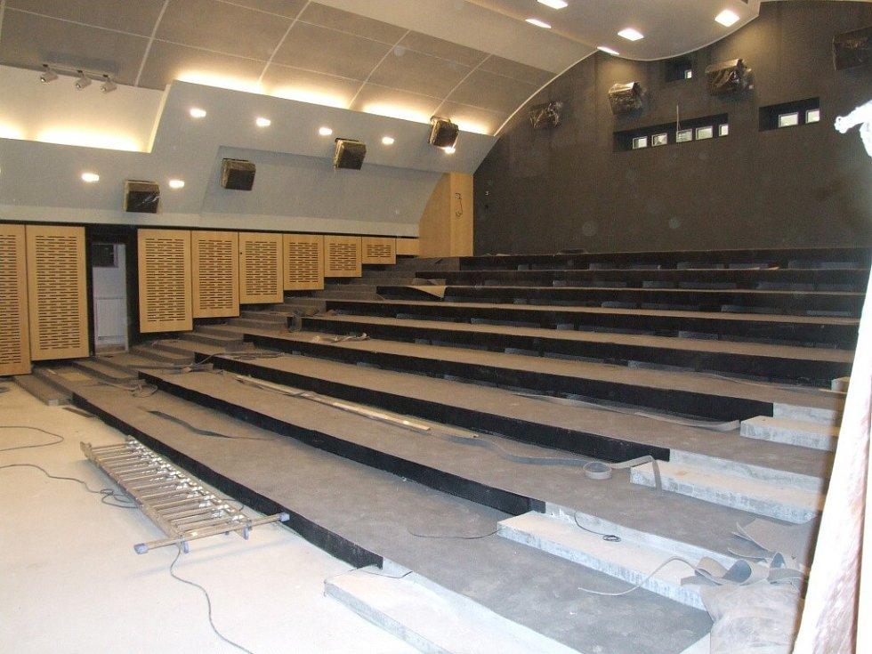 Rekonstrukce kina Dukla finišuje.