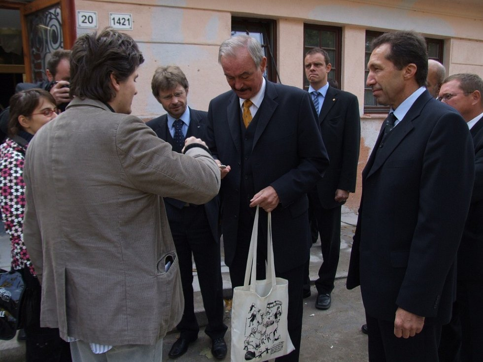Kontrolního dne v rekonstruovaném kině Dukla se zúčastnil i předseda senátu Přemysl Sobotka.