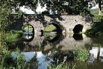 Kamenná stavba z osmnáctého století patří mezi nejstarší mosty na Moravě. Teprve před dvěma lety se dočkala rozsáhlé rekonstrukce.
