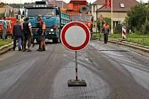 Opravy ve Znojemské ulici v Jihlavě pokračují.