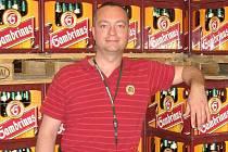 Jako šéf obchodně distribučního centra v Jihlavě pracuje Martin Hebnar poslední tři roky. Před tím působil v letech 2005–2008 jako regionální ředitel pro oblast Moravy ve společnosti Vitana.