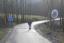 Nedávné otevření hraničního přechodu Machov Lhota - Ostra Góra  se odehrálo v tichosti - v podstatě jen za přítomnosti zástupců dodavatelských firem, krajského úřadu a polské strany.