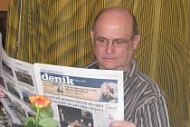 Pavel Labík je režisérem a divadelním hercem, který má za sebou desítky vystoupení v různých inscenacích.