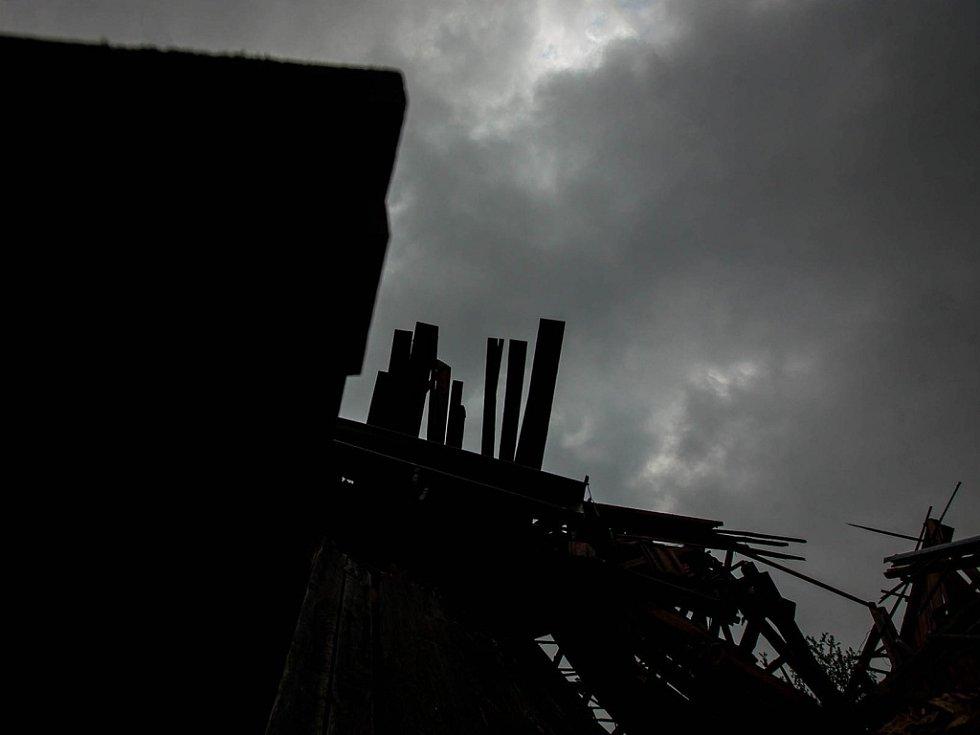 Ničivé tornádo v Červené Hoře na Náchodsku.