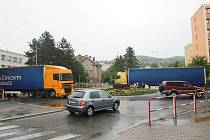 Kruhový objezd u Slavie.