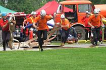 VÍTĚZNÉ družstvo Černčic předvedlo nejlepší útok dne.