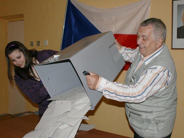 Volby na Kramolně.