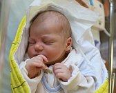 JAN TUPEC z Červeného Kostelce se narodil 11. září 2017 ve 14.11 hodin, vážil 3085 gramů a měřil 49 centimetrů. Z prvního děťátka se radují rodiče Kateřina Holá a Pavel Tupec.