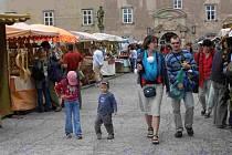 Trhy v Novém Městě nad Metují.