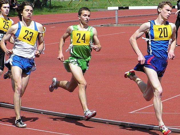 Výborné páté  místo si v mistrovství Královéhradeckého i Pardubického kraje vyjel Tomáš Koutský (v čele).