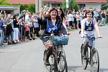 Recesistický závod Tour de Torpédo je stále oblíbenějším, a tak letošní už osmnáctý ročník měl opět rekordní účast.