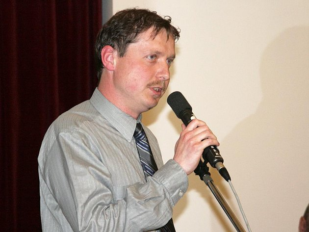 V květnu roku 2008 byl Jan Bělobrádek nejčastějším řečníkem Náchodského fotbalového fóra, které bylo na počátku konce tehdejšího vedení Českomoravského fotbalového svazu.