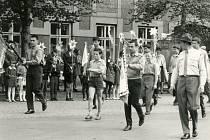 Česká Skalice. Prvomájový průvod 1968.