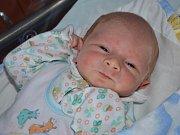 JAN KALOUSEK je prvním potomkem Jany Černé a Luboše Kalouska z Náchoda. Chlapeček se narodil 3. října 2016 v 19.28 hodin, vážil 3345 gramů a měřil 50 centimetrů.