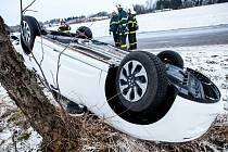 Nehoda na silnici za Krčínem ve směru na Bohuslavice nad Metují