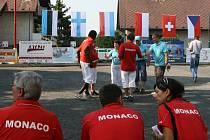 Na stolínském hřišti za hasičárnou si dali o víkendu dostaveníčko nejlepší evropští hráči v pétanque.